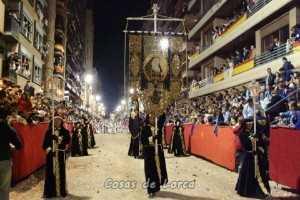 Paso negro en procesion