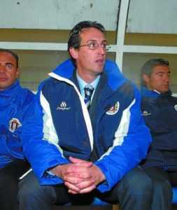 Ediciones. Unai Emery en el campo de Ipurua como entrenador del Lorca. Eibar. (22-12-2015). Foto: Félix Morquecho.