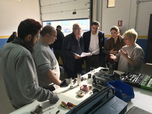 108 desempleados lorquinos participan en los programas mixtos de empleo y formación Entrebarrios, Flora y Lorca Eficiente, que conllevan una inversión de 1.170.008 euros